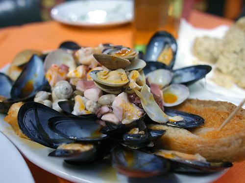 ナポリの魚介のスープ