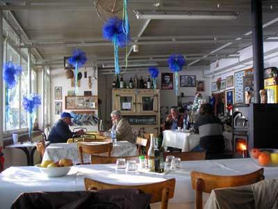 ボルセーナ湖のレストラン6