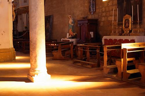チヴィタの教会