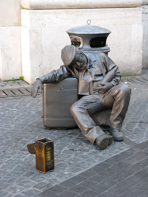 Performance artist in Rome